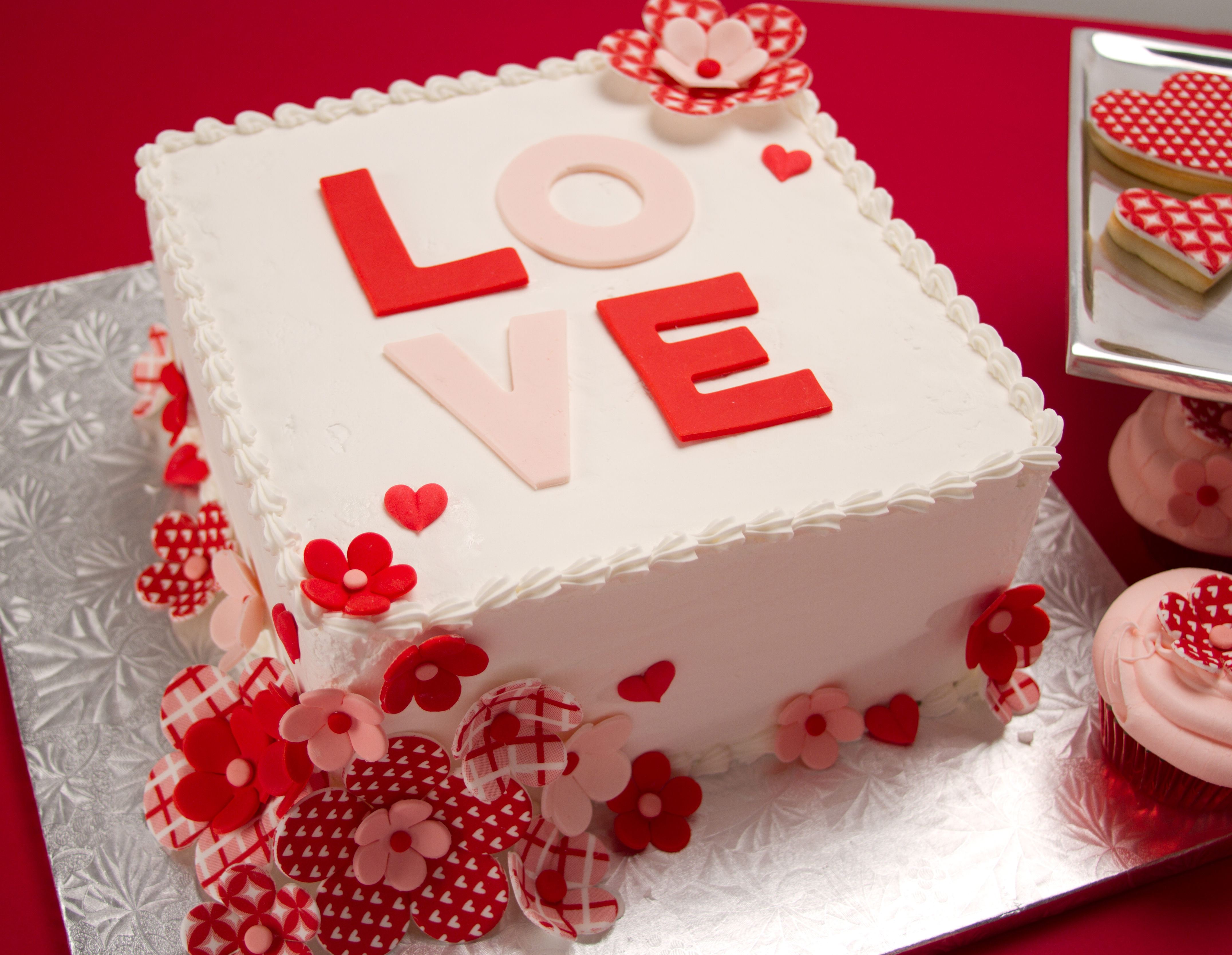 Time To Know The 5 Most Popular Valentine S Day Cakes Explody Full