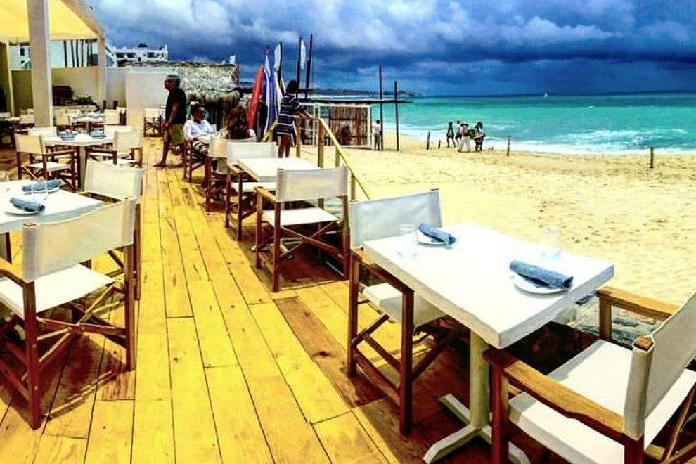 best beachfront restaurants in Antigua
